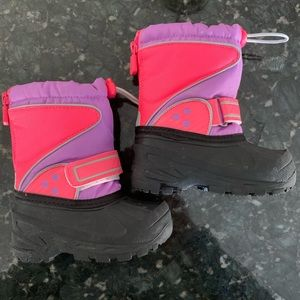 Circo Pink and Purple Snowboots • S (5/6)